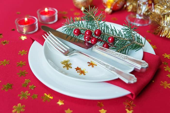 mesa-de-natal-talheres